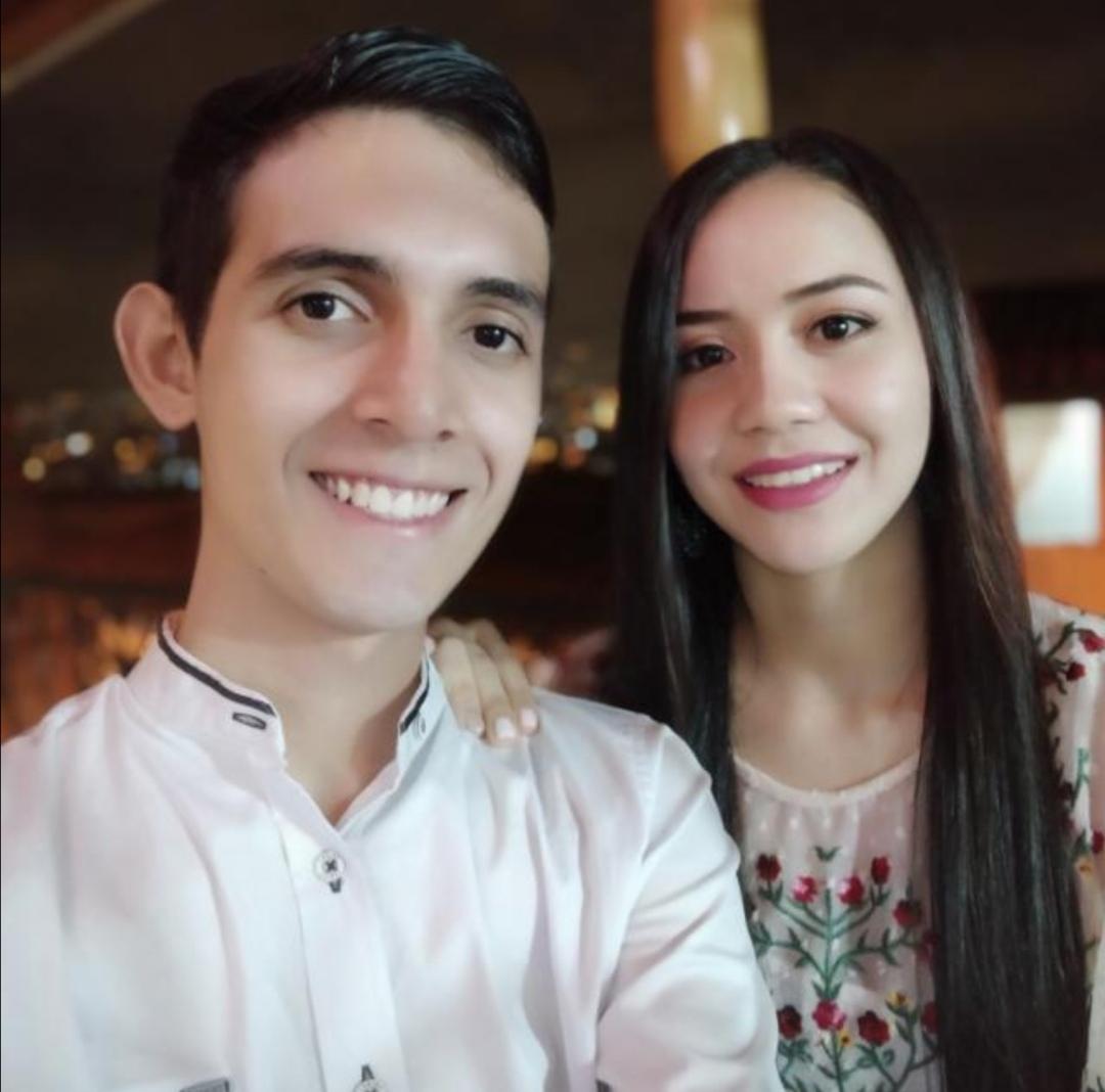Juan Jose Y Su Prometida
